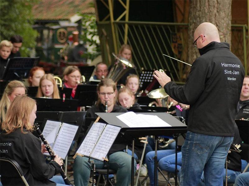 harmonie-sint-jan-wierden-b-orkest-de-hort-op